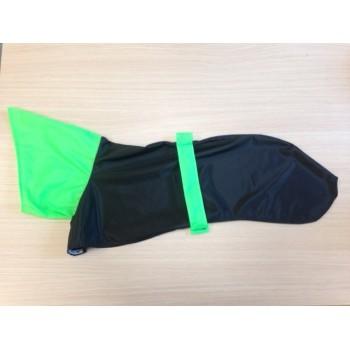 Chubasquero Negro y verde